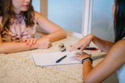 Entrevista de trabajo de niñera o cuidadora de niños