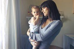 niñera de bebés recién nacidos