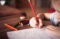 """Las geniales e inspiradoras """"otras notas"""" de un profesor cuyo tweet se ha convertido en viral"""