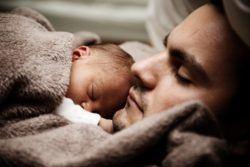 Ampliación permiso de paternidad en España