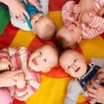 Oppassen op een baby (0-12 maanden)