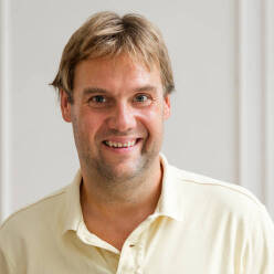 Arnout Hellemans
